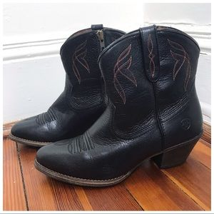 Ariat Darlin Western Short Leather Old Black Boots